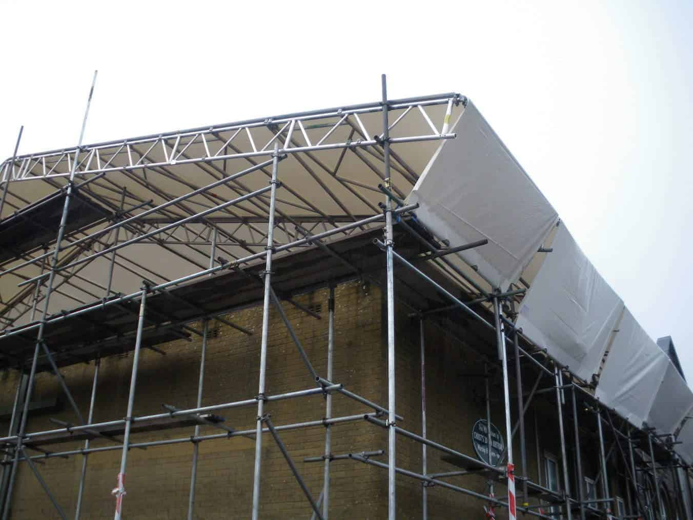Roof Scaffolding Products : Temp roof scaffolds scaffmag