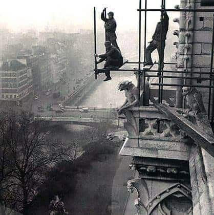 History of Scaffolding -An early use of metal tubes in paris