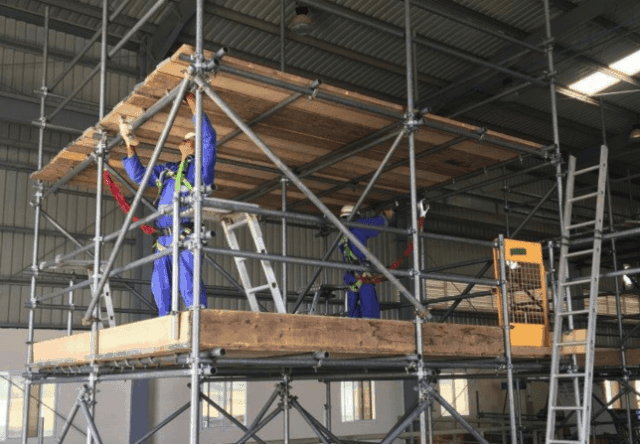 Safety & Access deliver first overseas scaffolding CPD
