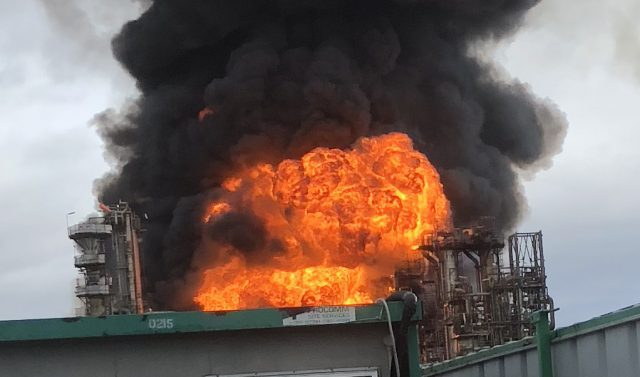 Fire at Stanlow oil refinery