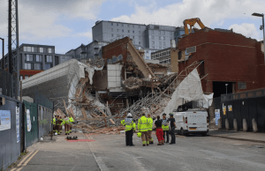 Reading Scaffold Collapse
